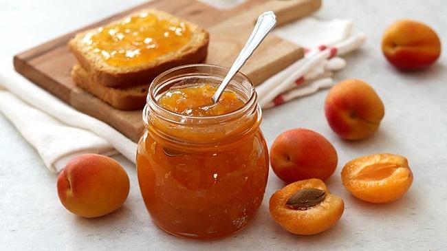marmellata-di-albicocche-senza-zucchero-bimby
