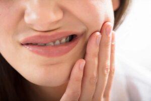 Mal di denti rimedi naturali